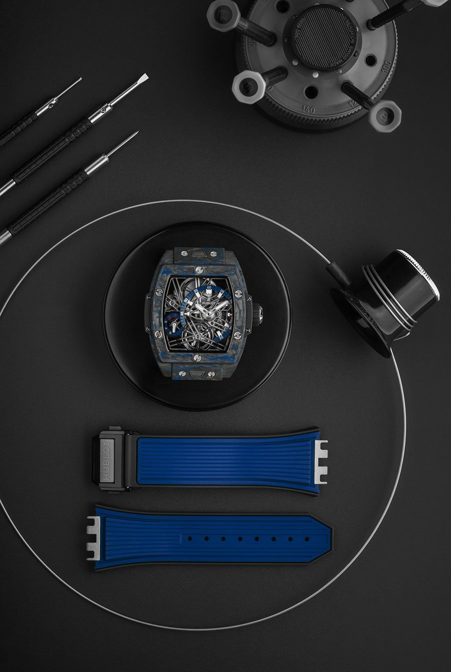 HUBLOT SPIRIT OF BIG BANG TOURBILLON CARBON BLUE
